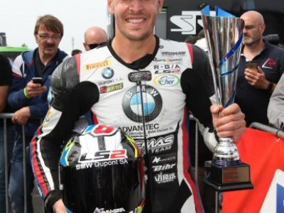Tecmas et Kenny FORAY remportent le Championnat de France Superbike
